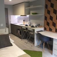 Modern Studio Apartment in City Centre (211)