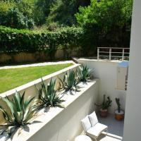 Aquamarine Garden Deluxe