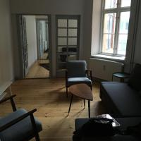 50m from Strøget! Spacious with two living rooms