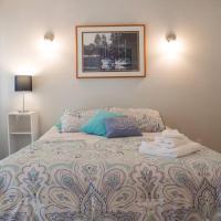 Kirkland Spacious 4-bedroom Corporate Retreat