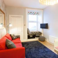 1 Bedroom Apartment near City Centre Accommodates 4