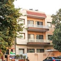 OYO 10350 Hotel Noida Fortune