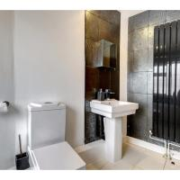 Ideal flat for 6 in Peaceful Kennington