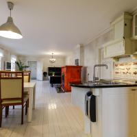 Apple 3 Apartment