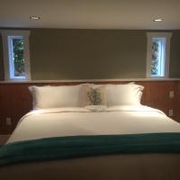 La Mer Inn- Harbour Suite