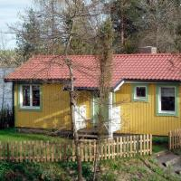 One-Bedroom Holiday home in Hällestad