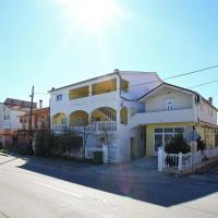 Apartments Maruna
