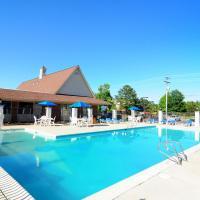 Econo Lodge Inn and Suites - Williamsburg