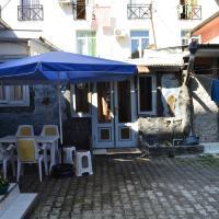 TJ+ Hostel