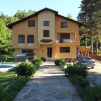 Mountain Paradise Family Hotel