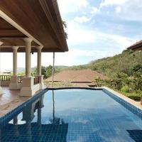 Lakewood Hills Villa 11