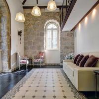 Best Location Historic Boutique Apartment