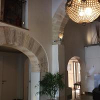 Ucciardhome Hotel
