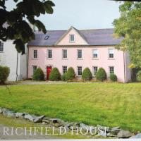 Richfield House And Ballymagyr Castle Cottages