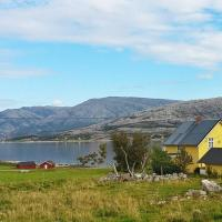 Four-Bedroom Holiday home in Vevelstad