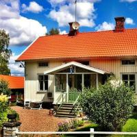 Four-Bedroom Holiday home in Sandhem