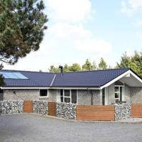 Four-Bedroom Holiday home in Vejers Strand 4