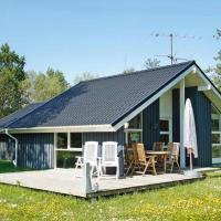 Three-Bedroom Holiday home in Strandby 8