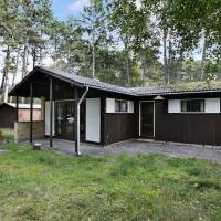 Three-Bedroom Holiday home in Store Fuglede 4
