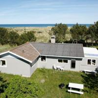 Three-Bedroom Holiday home in Jerup 17