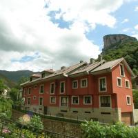 Apartamentos Puente La Molina