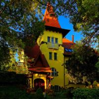Fried Castle Hotel and Restaurant