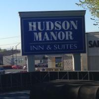 Hudson Manor Inn