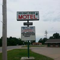 Holiday Pines Motel