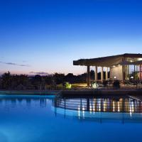 Leivatho Hotel Opens in new window