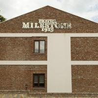 Hotel Milestone1915