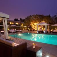 Luxe Sunset Boulevard Hotel