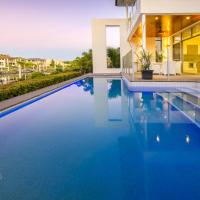 Holiday Home Vogue Living @ Hope Island Resort