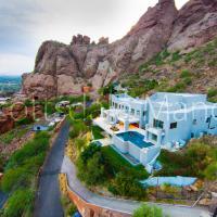 Scottsdale Manor by HolidayRental