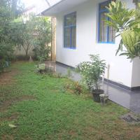 Hiriketiya Vollege House