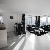 AM-PM Kepplestone Apartments