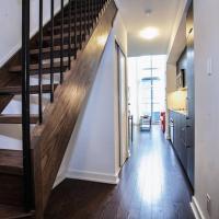 Pinnacle Suites - Trendy 2-Story Loft