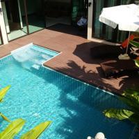 Plunge Tropical Villa