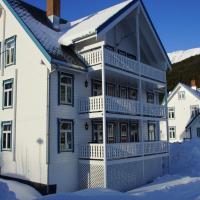 Johnsen Apartments