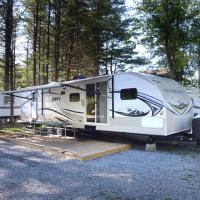 Lake George Escape 40 ft. Premium Travel Trailer 44