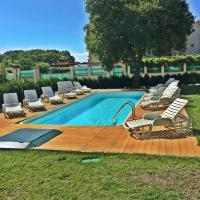 Apartments with Pool View in Saints Constantine and Helena