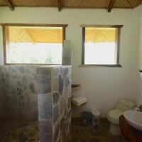 Macaw Eco-Lodge