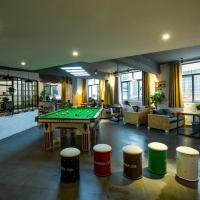 Zhangjiajie Comma International Youth Hostel