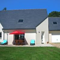 Holiday home Maison Geffroy Ploumagoar