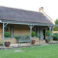 Burgundy Bourgogne Manor House and Cottages