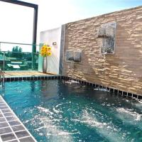 Kamala Regent 3 bedrooms apartment with rooftop pool