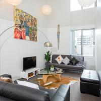 Central and Stylish Apartment