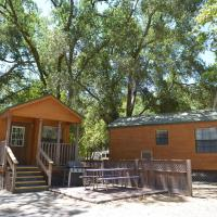 Morgan Hill Camping Resort Cabin 2