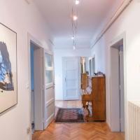 Tomas's apartment