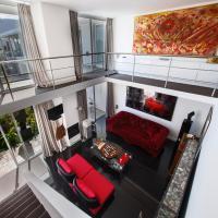 Casa Azure