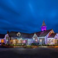 The Oak Wood Hotel